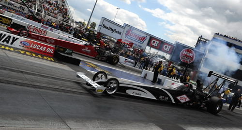 Two of the strongest injected nitro cars from Canada (Veale & Mercier) paired off during qualifying.