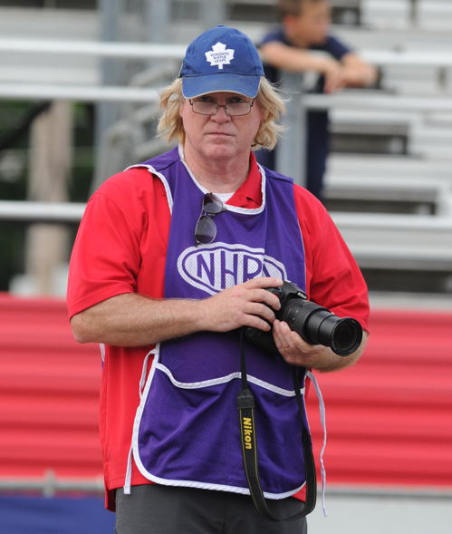 Ian Tocher is a very respected Canadian drag racing photo/journalist.