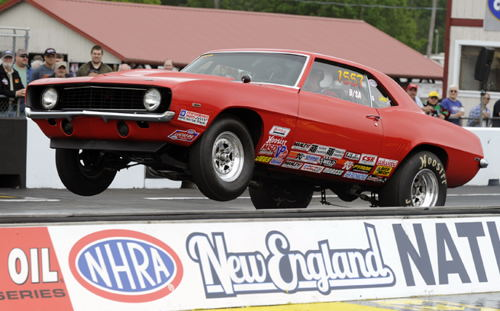 Veteran Canadian racer Fred Thibeault qualified #2 for Stock eliminator - taking his B/SA Camaro to a 1.045 under the index run!