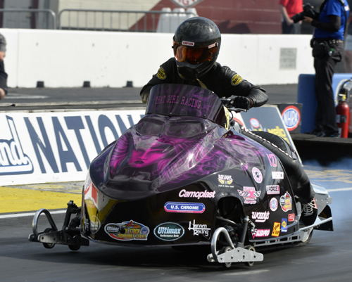 Ontario's Tina Duncanson - who won this event last year - lost in round #2 for the Pro Stock Snowmobile event exhibition.