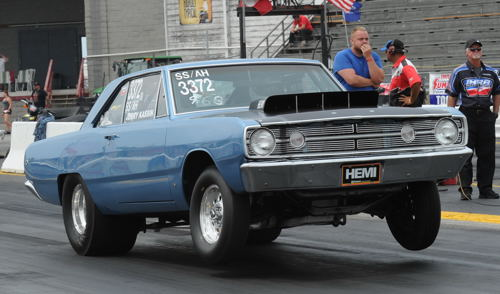 Jerry Kassien won the Mopar Canadian Nationals Nostalgia Super Stock title for the 2nd straight year.