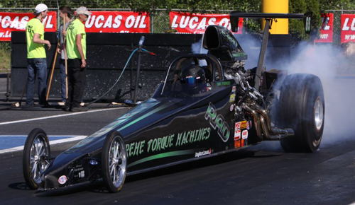 West coast T/D hitter Dan Provost couldn't lose in the 'Shootout' on Saturday in his Top Dragster, but lost first round Sunday -- but then bounced back to win in Super Pro!