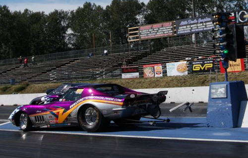 In Friday's S/G time trials, Surrey's Glen Iggulden got very loose on the launch, making a great save to just graze the Christmas Tree concrete base. Damage to the car was minimal, and he was back racing on Saturday.