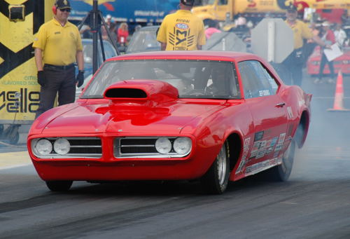 Jeff Crooks (from Brandon MB) had a nice event in S/G with his '68 Firebird - winning three rounds of competition.