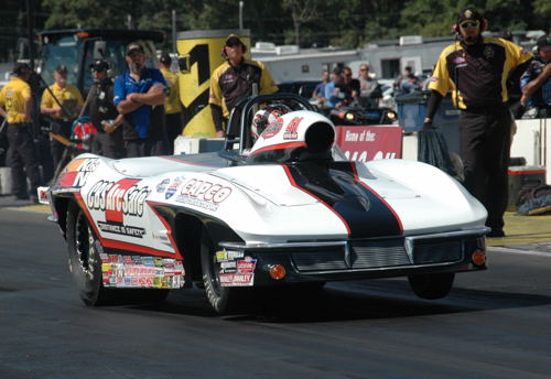The Super Gas title went to Tommy Phillips' Corvette