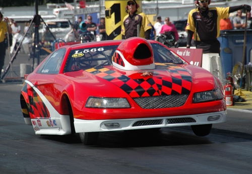 Gary Loeffelholtz raced his great looking Mustang to the Top Sportsman title.