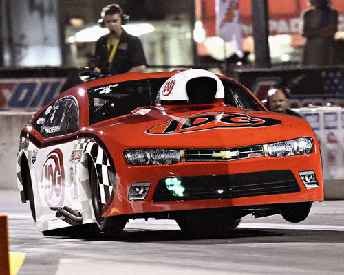 Rickie Smith rewrote the IHRA's World ET record to a 5.831 secs.