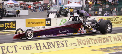 Good stuff in Super Comp from Al Hampton's Surrey BC-based Undercover dragster - Al placed in the final four in the 8.90 class.
