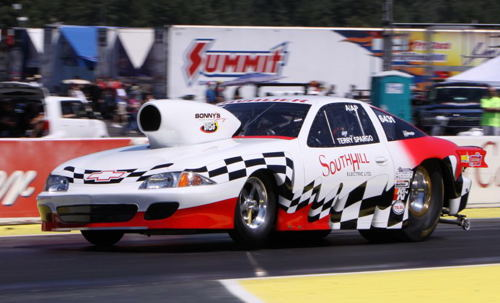 Terry Spargo (from Delta BC) was the only Canadian car entered in Comp. He qualified his Mountain-motored A/AP Cavalier #8 with a 6.945 secs.