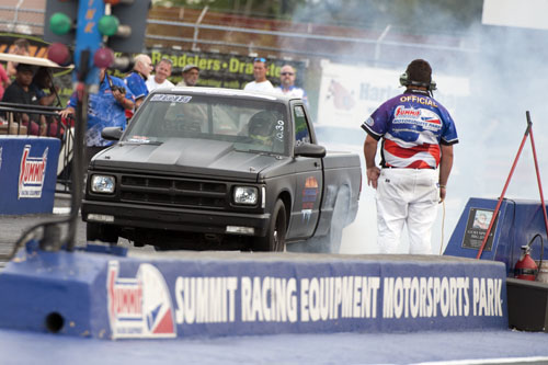 Chris Cadle wheeled his '89 S10 to a win in the gruelling Open Comp class.