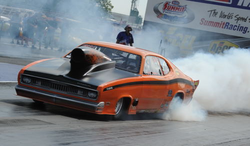 GBM regular racer Jeff Gabel ran his '71 Duster in the sixes while qualifying for the massive TS program.