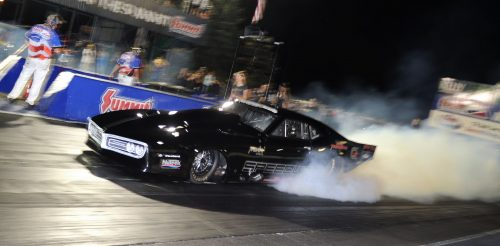 Mike Yedgarian does a smoky burnout in the Speedier-sponsored turbocharged Firebird during PM qualifying action.