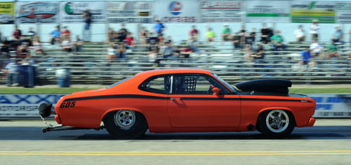 Some real slick regional cars in Super Pro class racing included this '72 Duster campaigned by Jack Neufeld (from Osler SK)