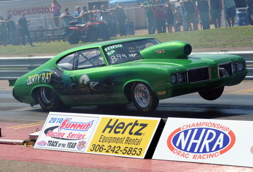 Bob Heroux's hard leaving '71 Olds was just one of 45 cars entered in Super Pro.