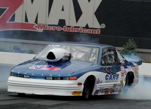 Jason Lynch scored in Super Gas (9.90) racing his Olds Cutlass