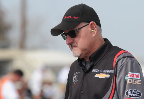 Canadian drag racing tuner extraordinare - Rob Flynn - took the weekend off from NHRA Top Fuel racing to assist the Hodgson Racing/Pacemaker Funny Car team.