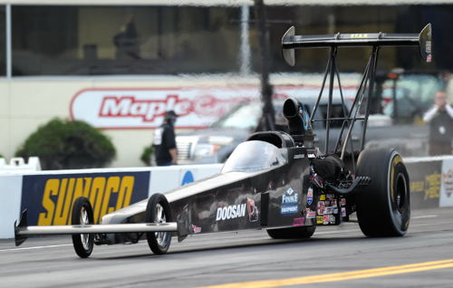 Jackie Ficke won her first NHRA national event title in TAD.