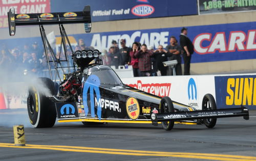 "The event featured strong performance by DSR ""Team Mopar"" racers"